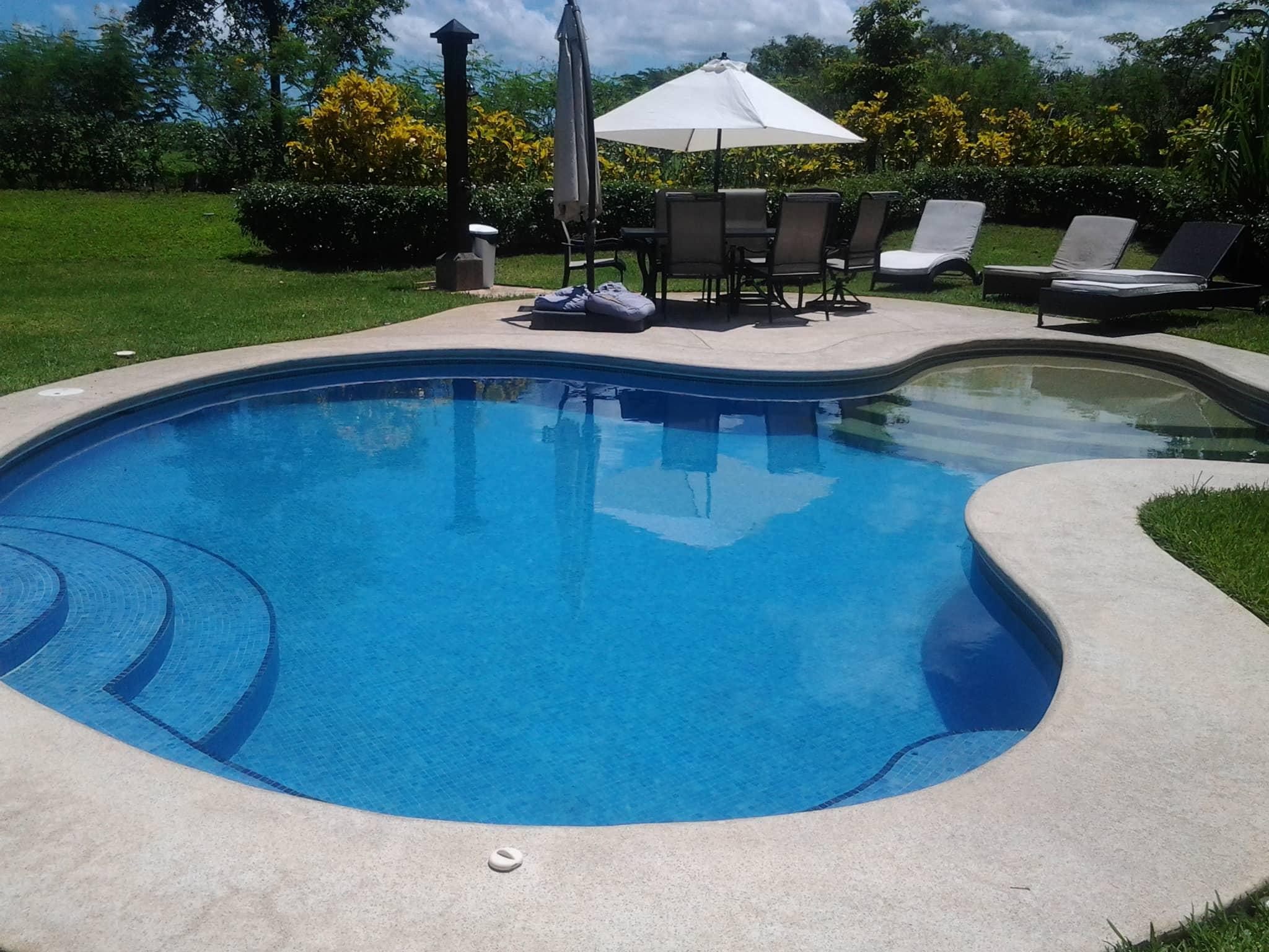 Construcci n dr pool service piscinas costa rica - Coste construccion piscina ...